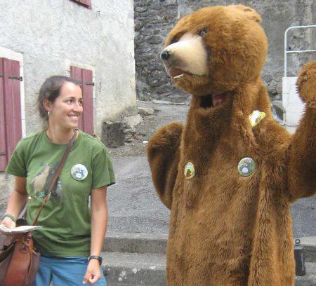 Aurélia, encadrante Parole d'ours © Thérèse Domzig